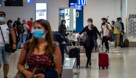 Yunanistan hava trafiğinde % 64 artış gösterdi