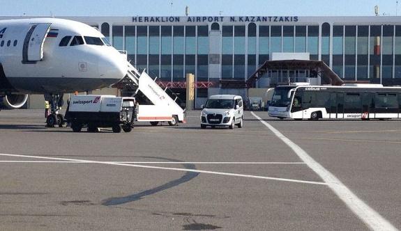 Girit Havaalanı'nda yapılan sahte seyahat belgelerine tutuklama