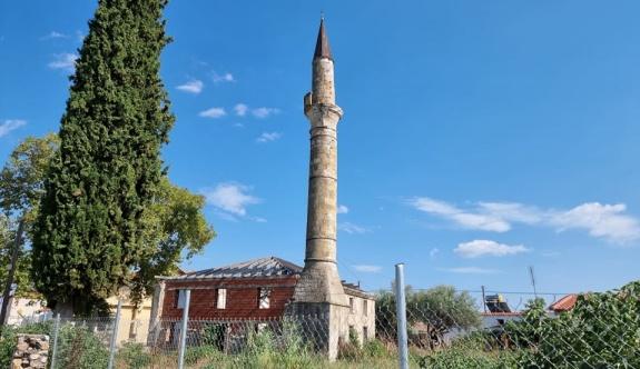 Belediyenin yol planı İskeçe Hemitli Camii'yi yok edecek