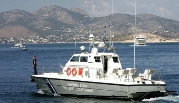 Yunan sahil güvenliği insan kaçakçıları için alarmda