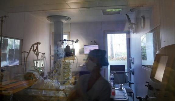 Yunanistan'da son 24 saatte COVID-19'dan ölenlerin sayısı 47'ye yükseldi