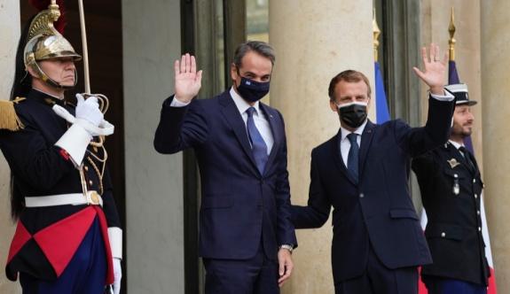 Yunanistan ve Fransa 'tarihi' savunma anlaşması imzaladı