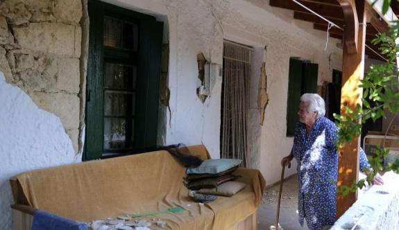 Girit depreminden sonra yaklaşık 4 bin ev yaşanmaz hale geldi