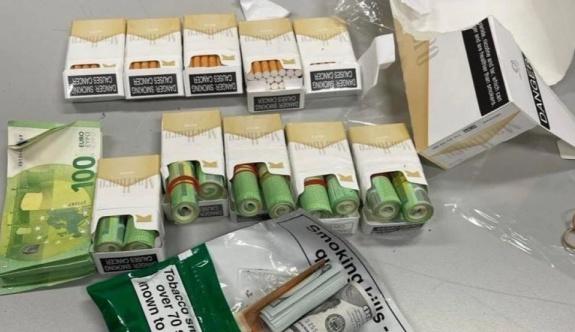 Gümrük köpeği Atina Havalimanı'nda 30 bin euroluk nakit parayı koklayarak buldu
