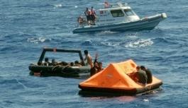 Ege Denizi sularında 32 düzensiz göçmen kurtarıldı