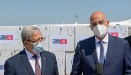Yunanistan Tunus'a 100 bin aşı teslim etti