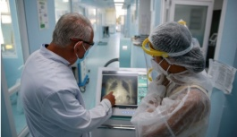 Sağlık yetkilisi Kovid ölümlerindeki artışa dikkat çekti