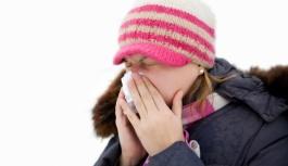 Uzmanlar, grip aşılarının her zamankinden daha gerekli olduğunu söylüyor