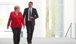 Almanya Başbakanı Angela Merkel'in...