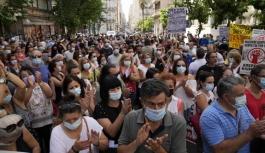 Yunanistan'da sağlık çalışanları...