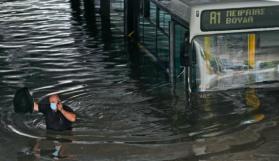Yunanistan'ı etkisi altına alan yağışlı hava etkisini arttıracak